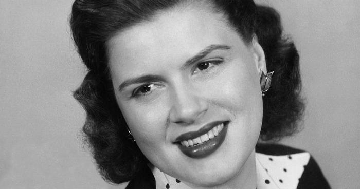 Patsy Cline publicity photo